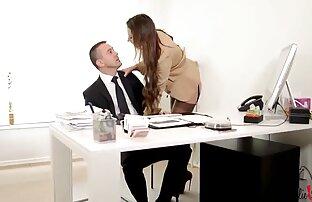 Brünette JOI flaunts big natural tits saftige pussy in Korsett reife frauen porno free und nylons