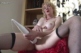Busty Mädchen tut reife frau free blowjob in hausgemachten video