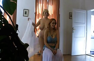 Selena Sky masturbiert mit einem erotikfilme mit reifen frauen paar Spielzeug