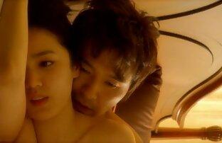 Junge Brünette sex mit reifen frauen video genießt es, von ihrem Papa beim Spritzen beobachtet zu werden
