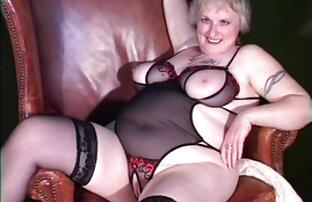 Gut ausgestattet Plumper Cougar Shanelle Savage Springt auf einen kostenlose sexfilme von reifen frauen alten Dong