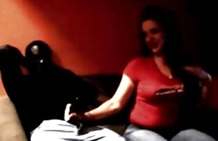Pussy pounding auf pornofilme reifer frauen der pool-party