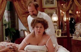 Camsoda - MILF masturbiert auf pornos reife damen Cam