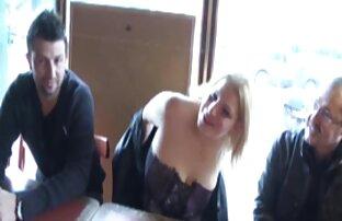 Busty Chick Spielt Ihre reife frauen free porno Pussy Close Up Auf Cam