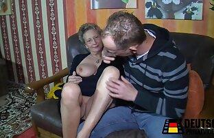 Phat Ass Tgirl Nathalia De Castro Breitet sich reife ladys porn Ihre Großen Wangen Breit für eine Maschine